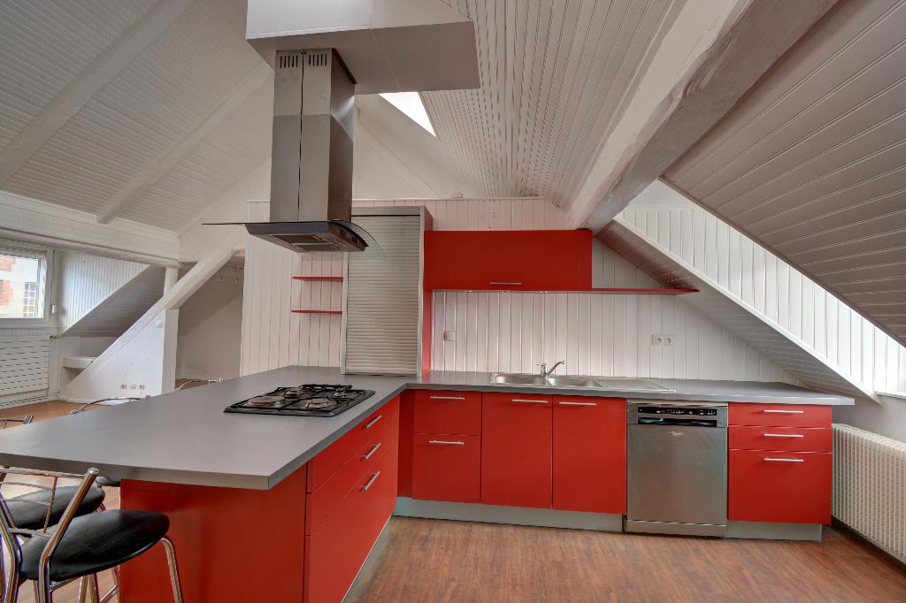 Appartement 3 CHAMBRES COLMAR entre GARE et CENTRE VILLE – VENDU ! –