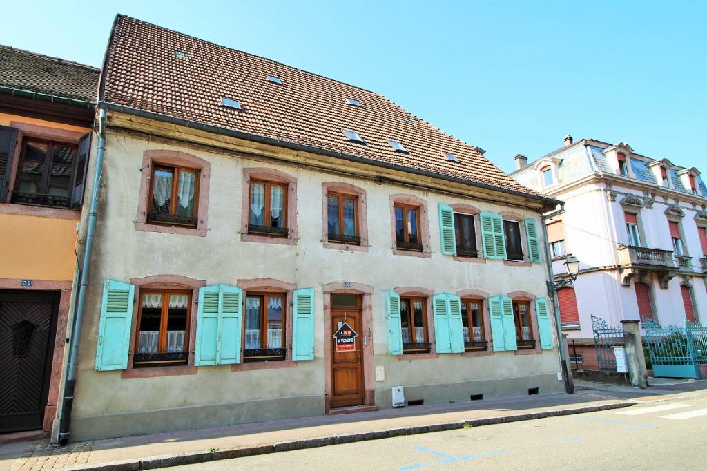 IA68 – Appartement 5 pièces de 110m² dans une maison de ville
