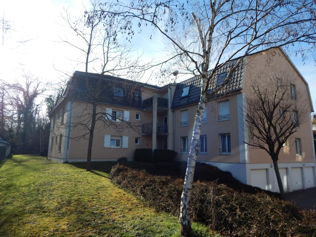 EXCLUIA68- Proche de SAINT-LOUIS, TB F2 avec terrasse/cave/garage – VENDU ! –